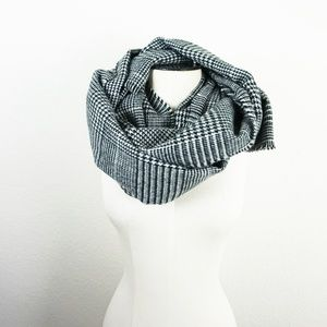 Accessories - Soft houndstooth long scarf